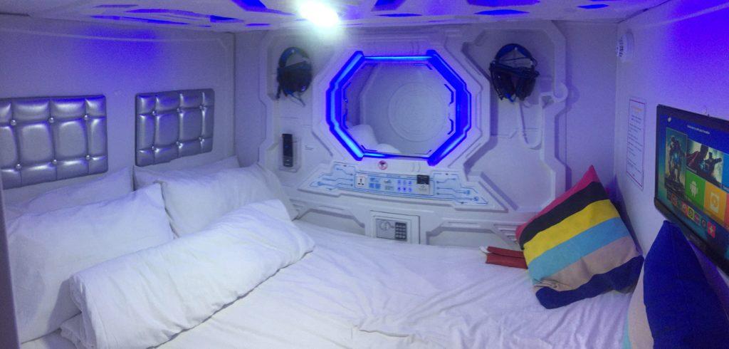 nuit en capsule singapour